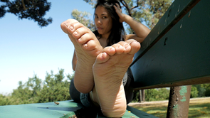Maddy's Clean Soles!