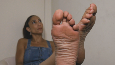 April's First Foot Video!