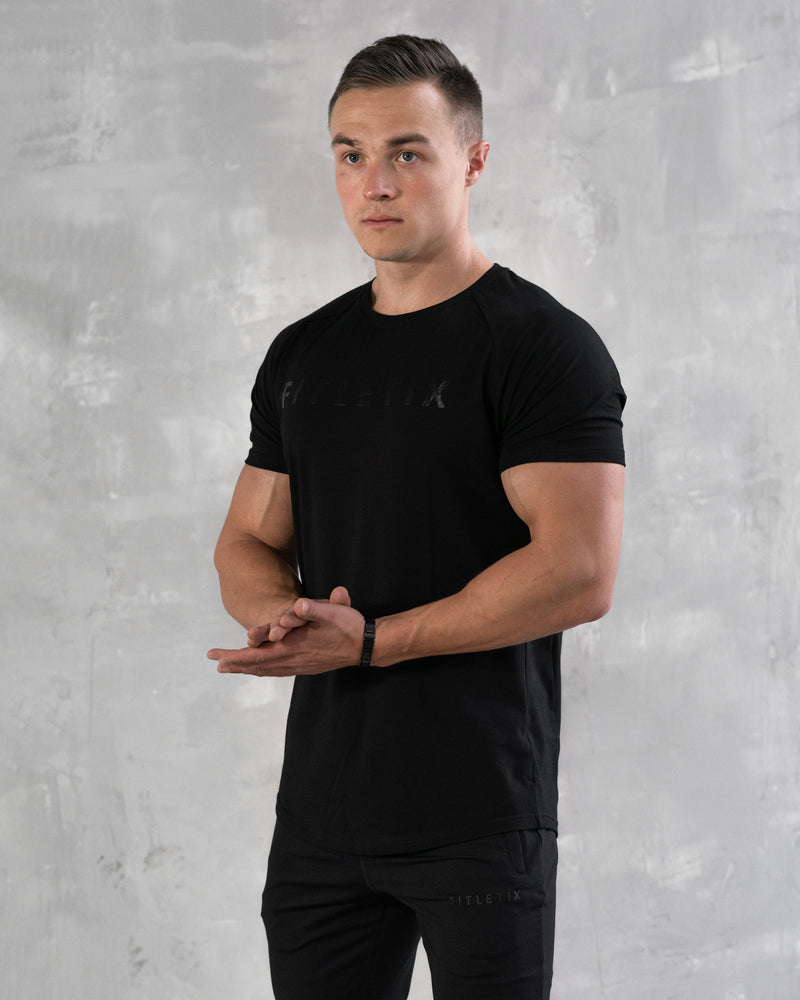 Strong Performance Tee - Blackout