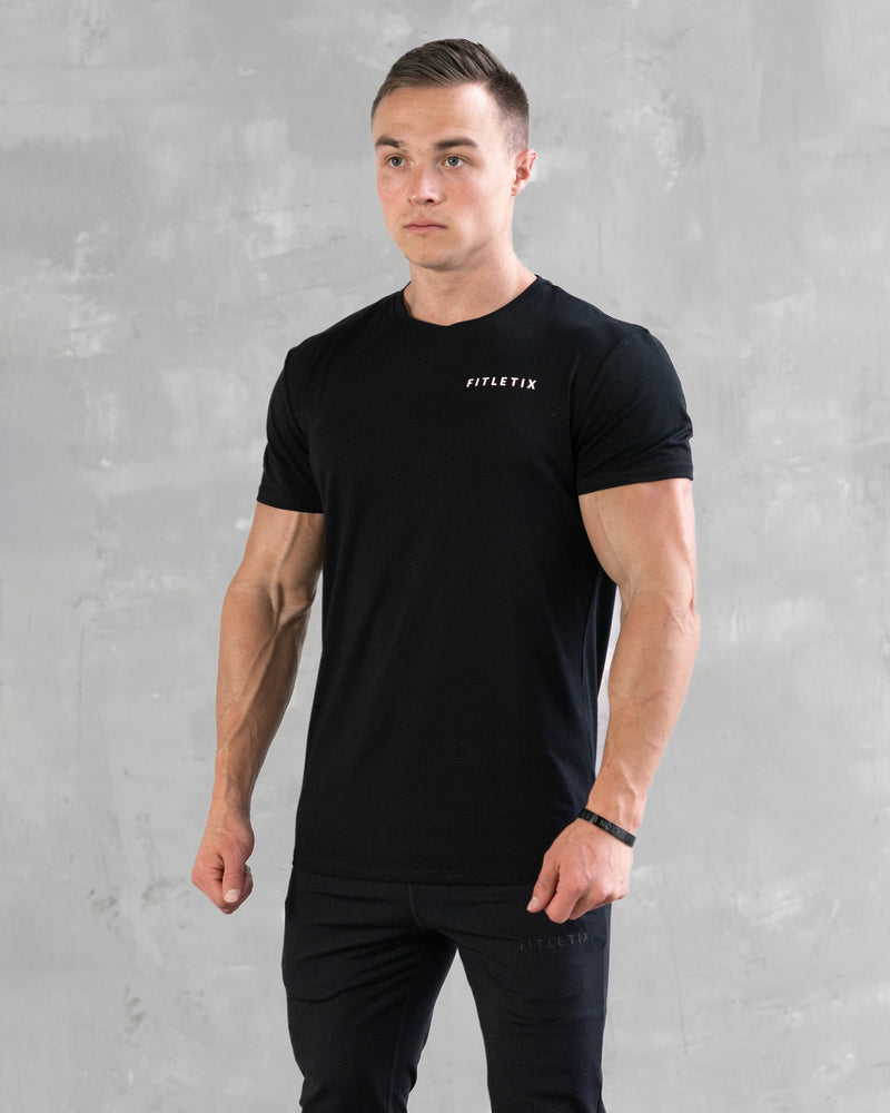 Essential Minimal Tee - Black