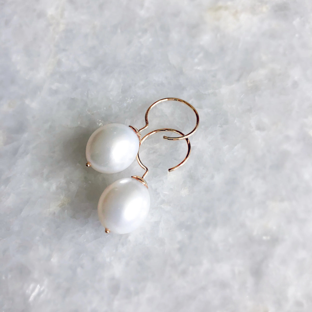 baroque pearl swing hoops