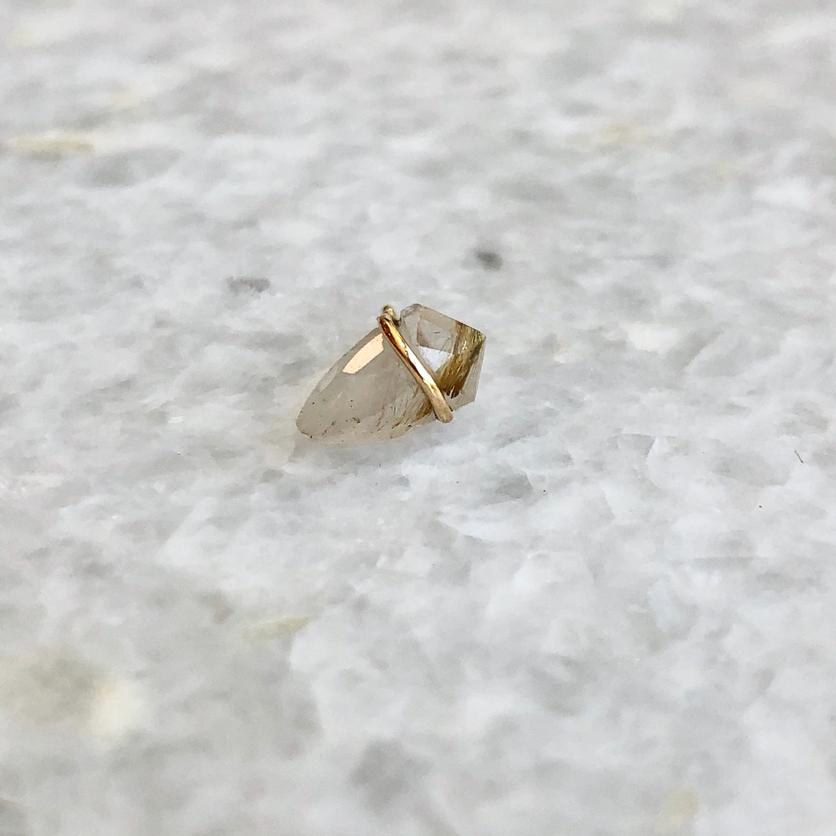 18K Small Kite Earring