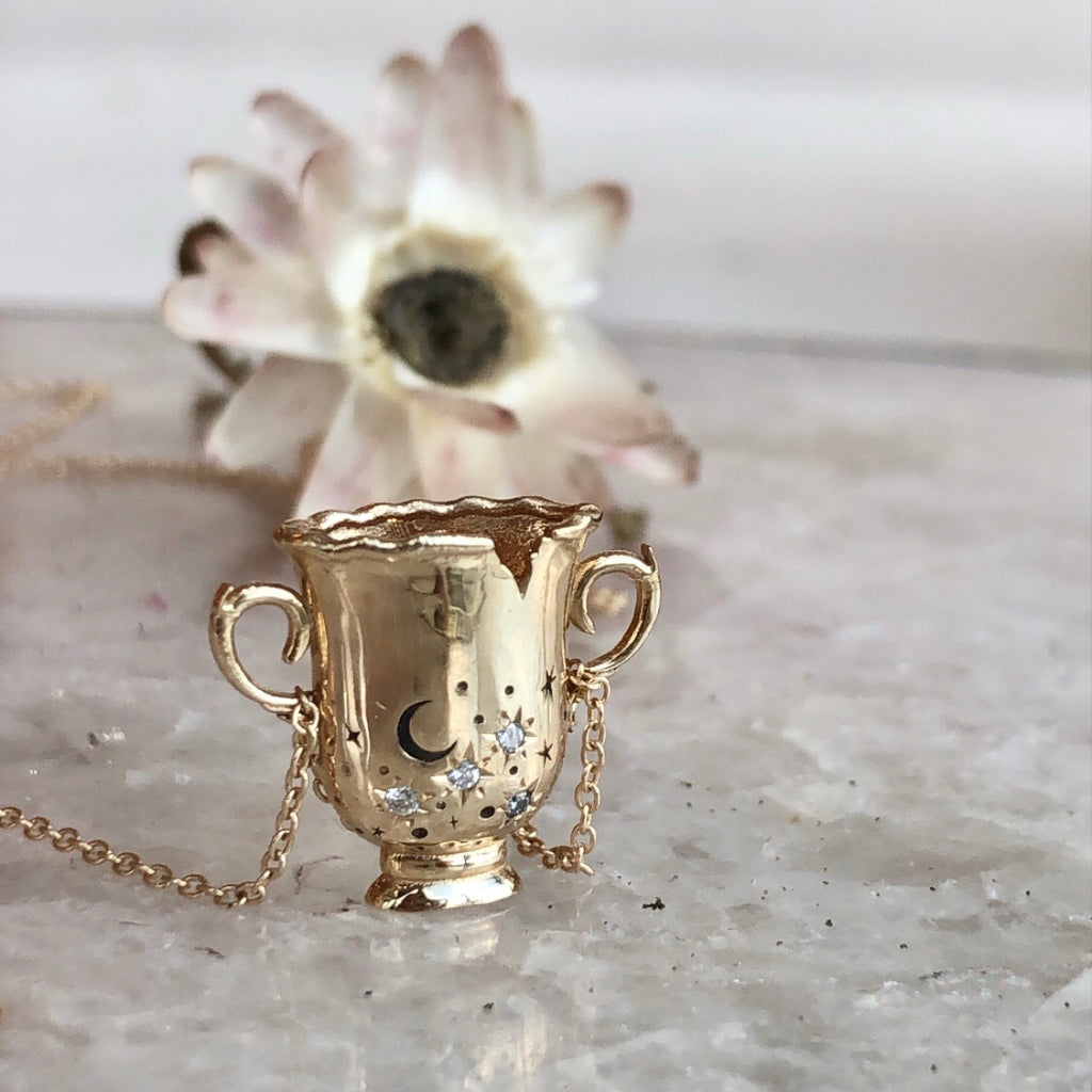 her cup of stars necklace