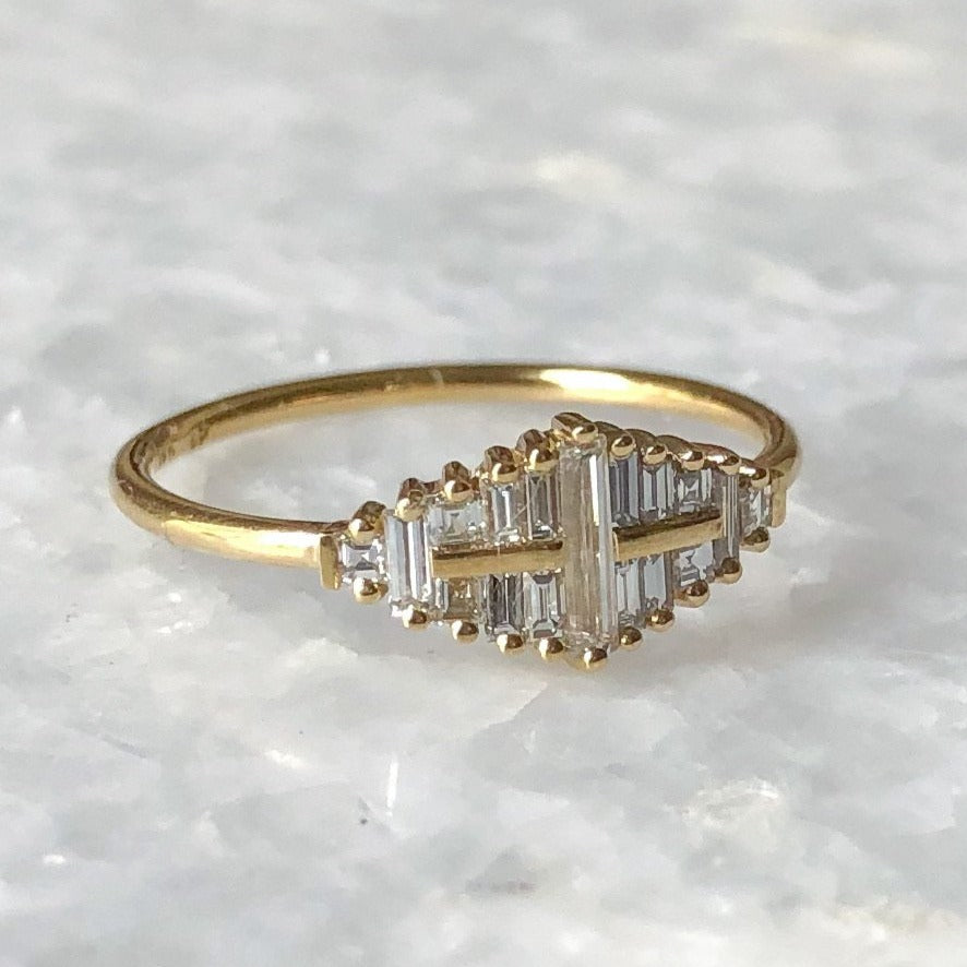 needle diamond cluster ring w/ goldbars