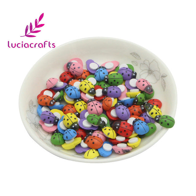 Lucia Craft 100pcs 9*13mm Wooden Ladybug Sponge Self-adhesive Stickers for Scrapbooking Home Decoration Accessories 017032016