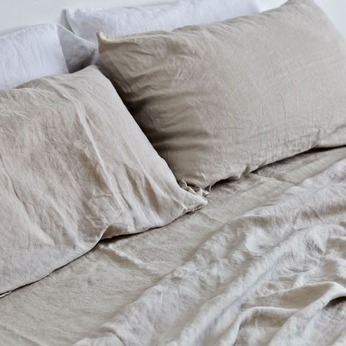 IN BED 100% Linen Fitted Sheet in Dove Grey