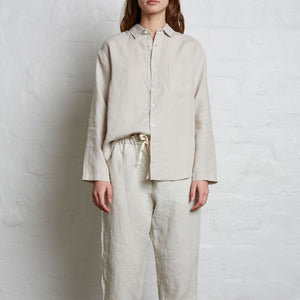 IN BED 100% Linen Tailored Shirt in Dove Grey