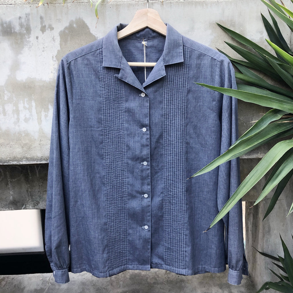 Long sleeve chambray button up top