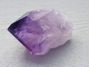 Amethyst Point - with Roots B