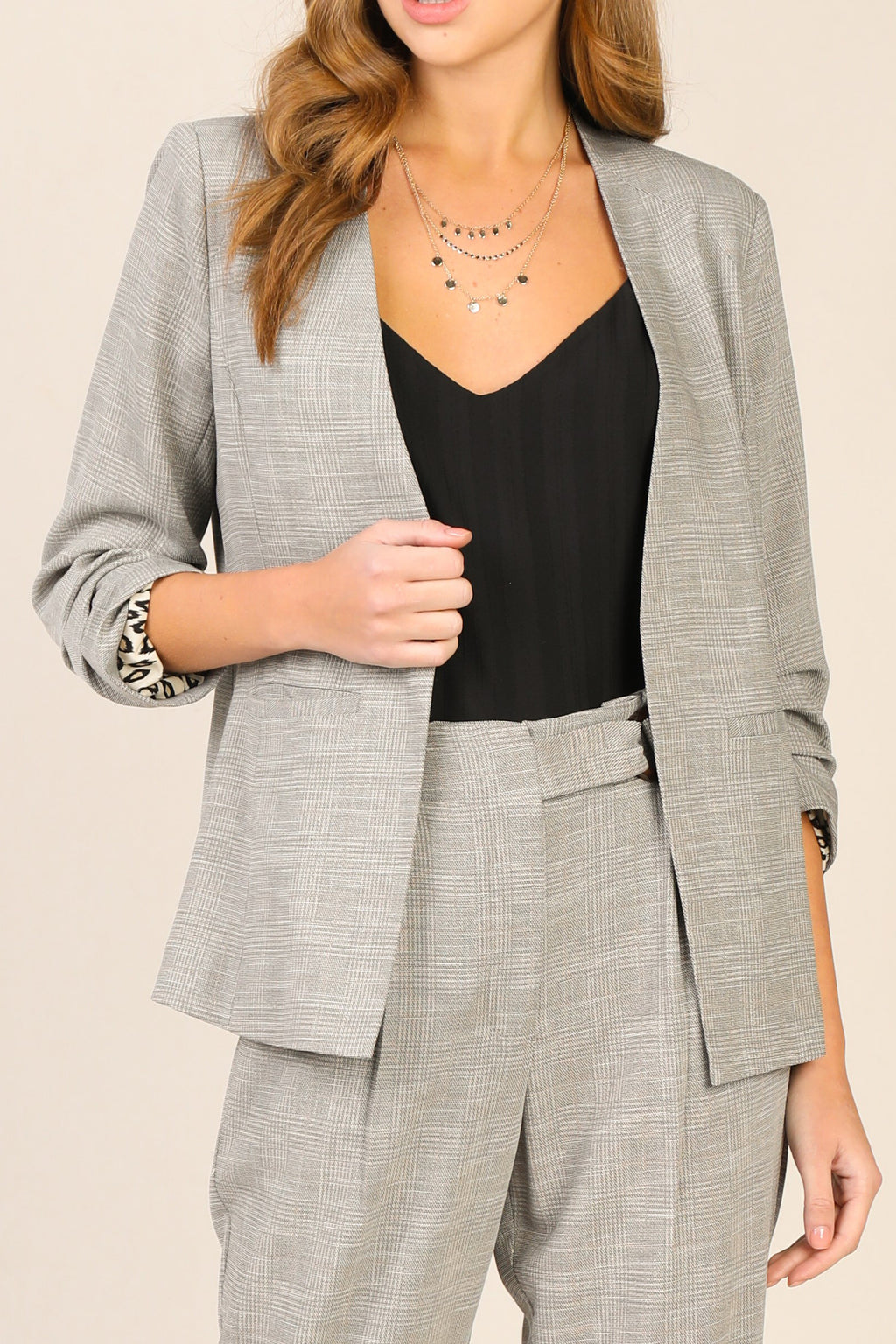 TAUPE PLEATED BLAZER