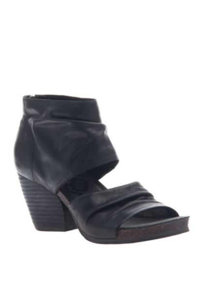 PATCHOULI HEELED SANDAL BLACK