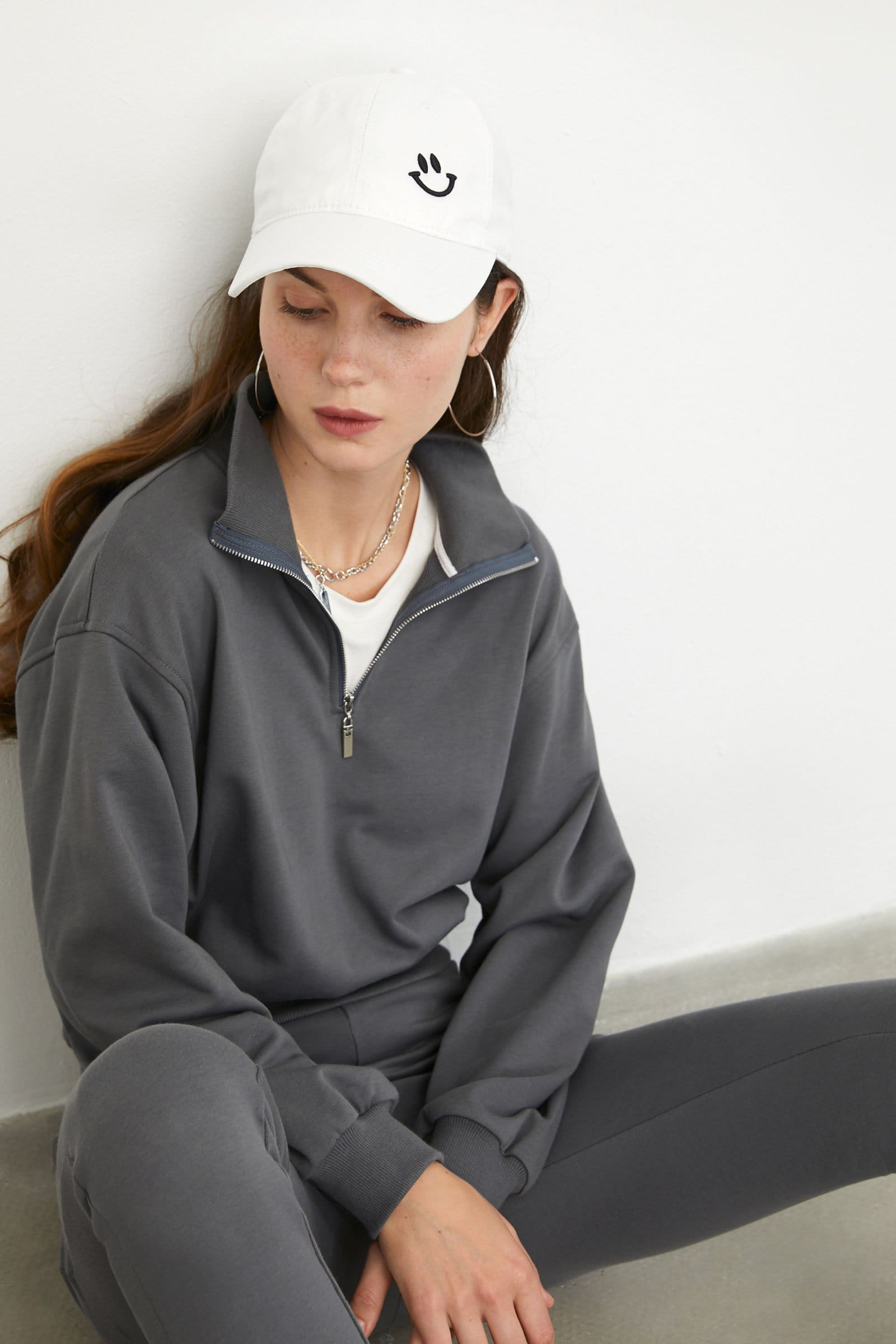 Cozy Steel Cropped Sweatshirt