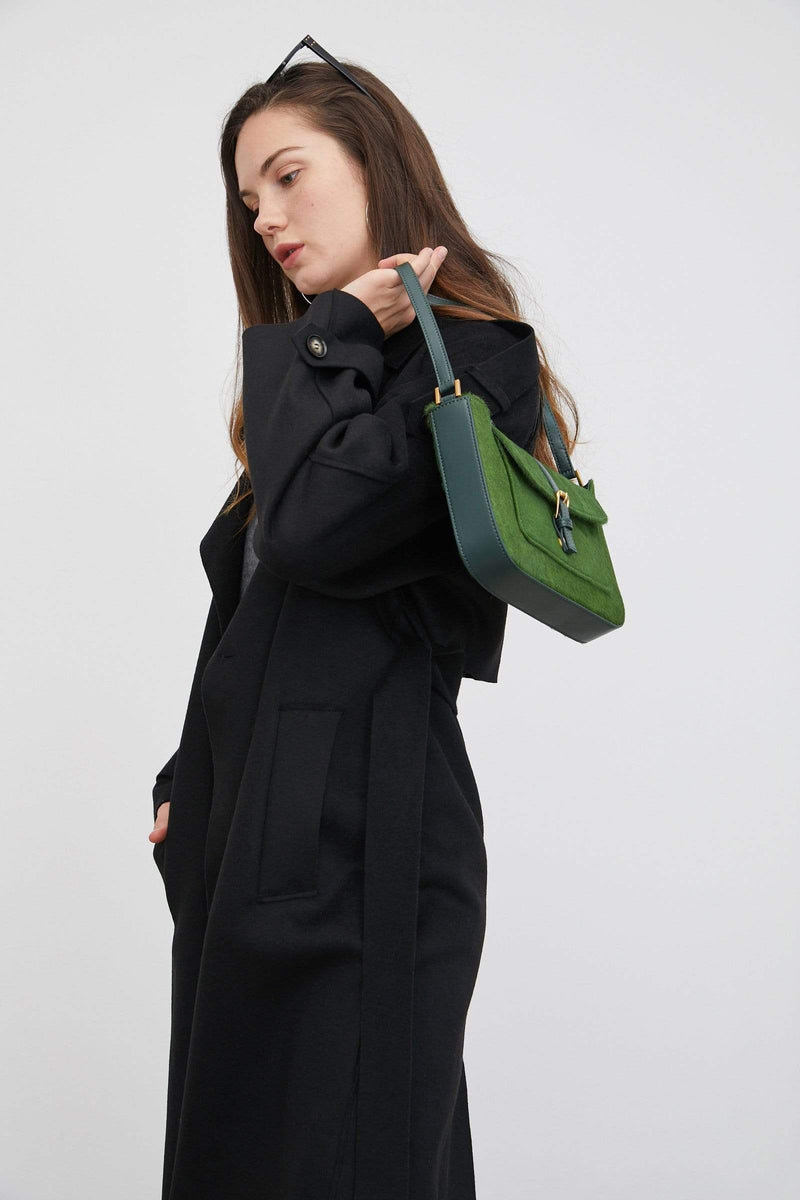 Flowy Light Black Trench