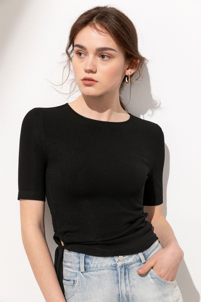 Maddie Black Tie-Ring Ruched Top