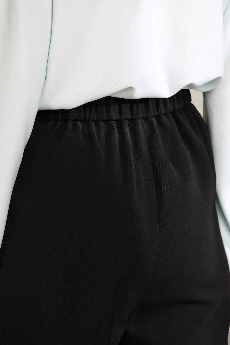 Nina Black Pleated Trousers