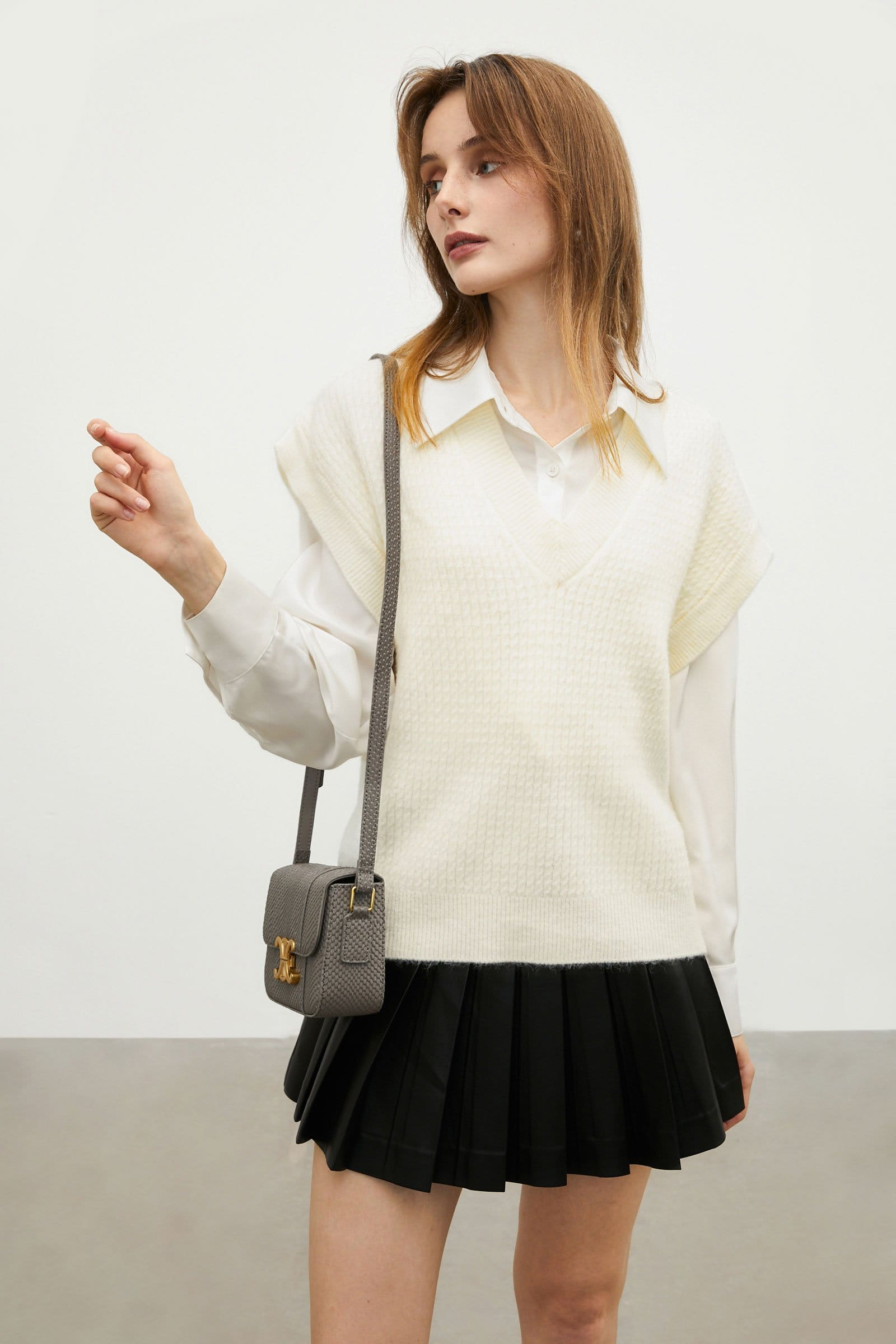 Oversized Ivory Sweater Vest