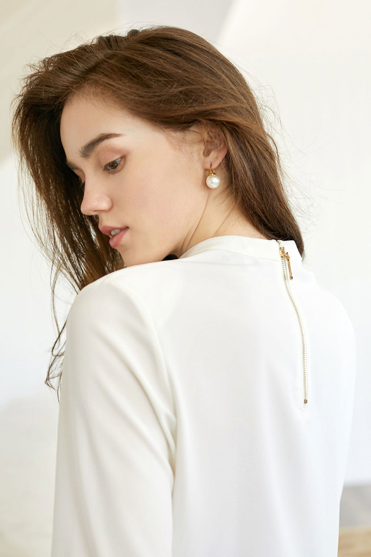 Essential Zipper Back White Tee