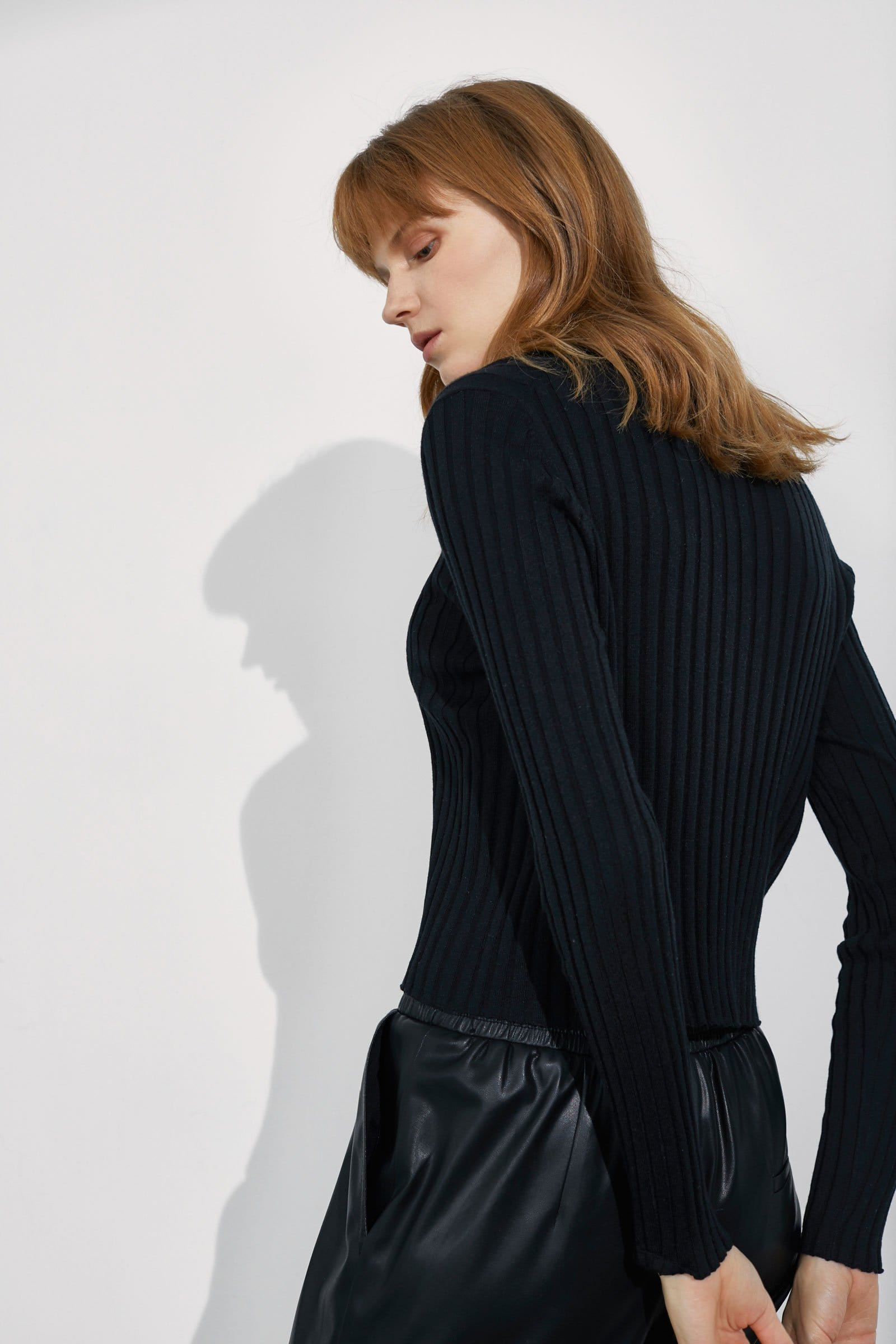 Coco Black Ribbed Sweater