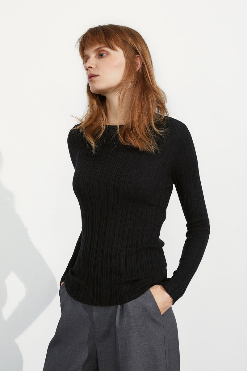 Cozy Black Ribbed Sweater