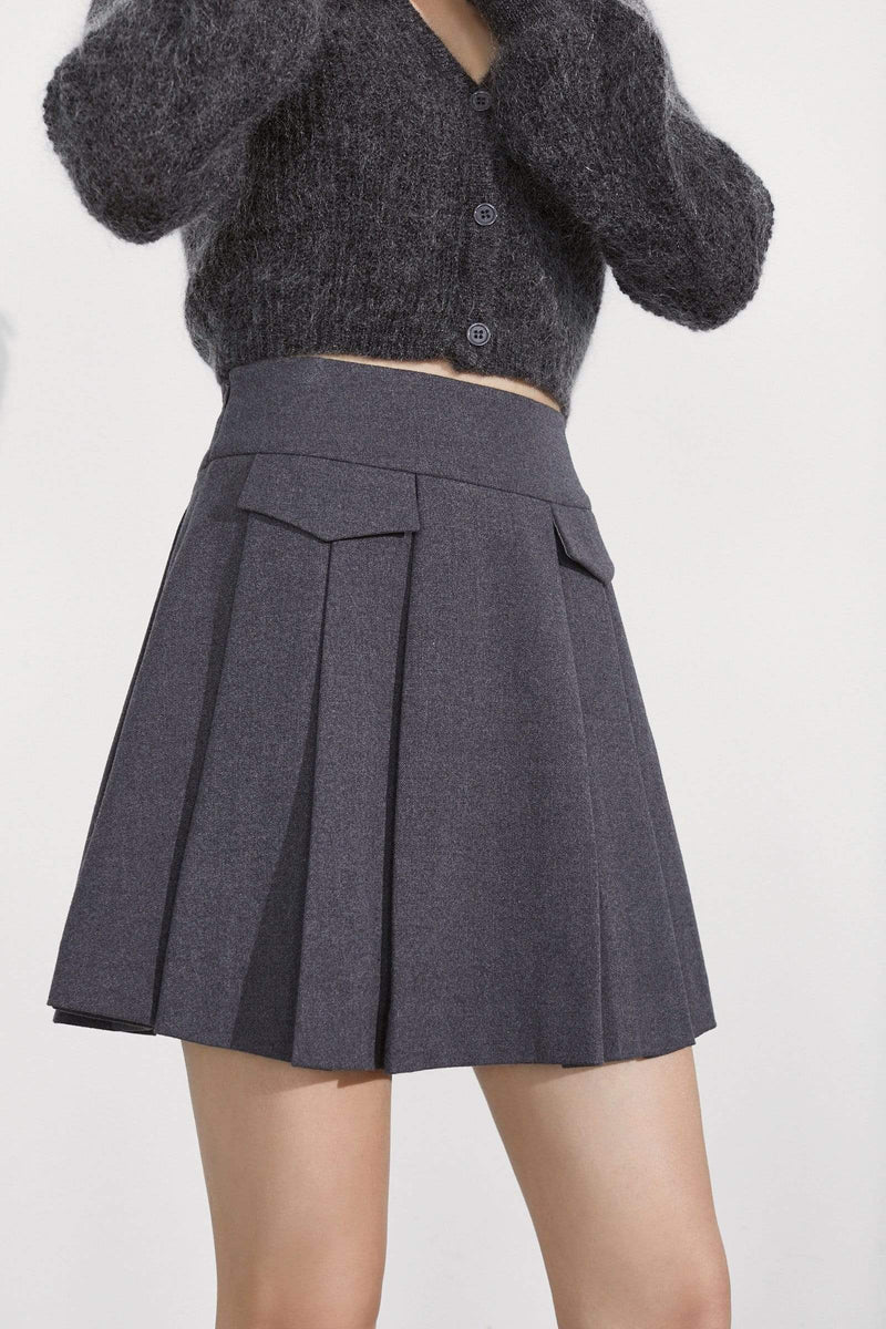 Matisse Charcoal Pleated Pocket Skort