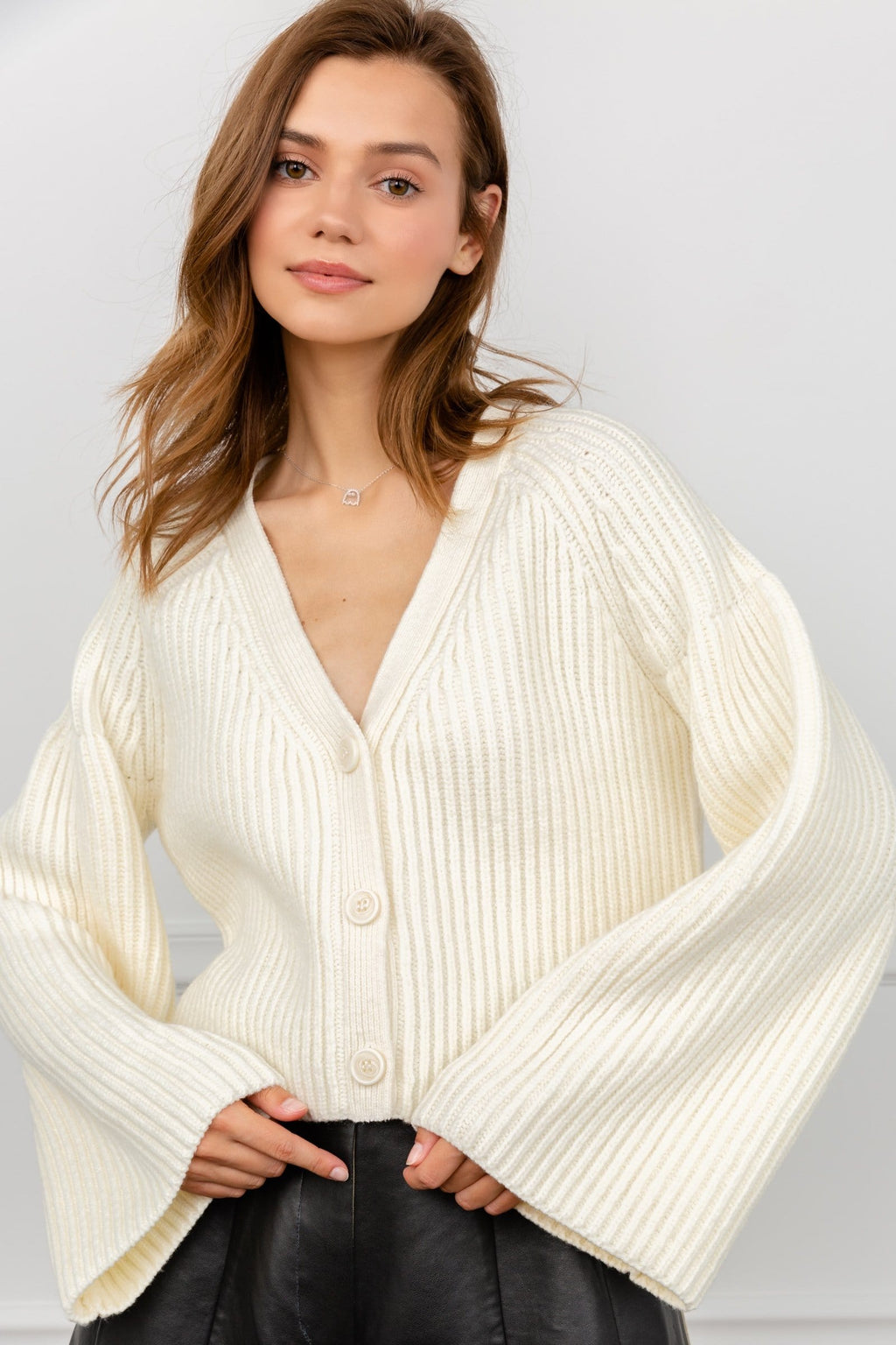 Gal White Cropped Cardigan