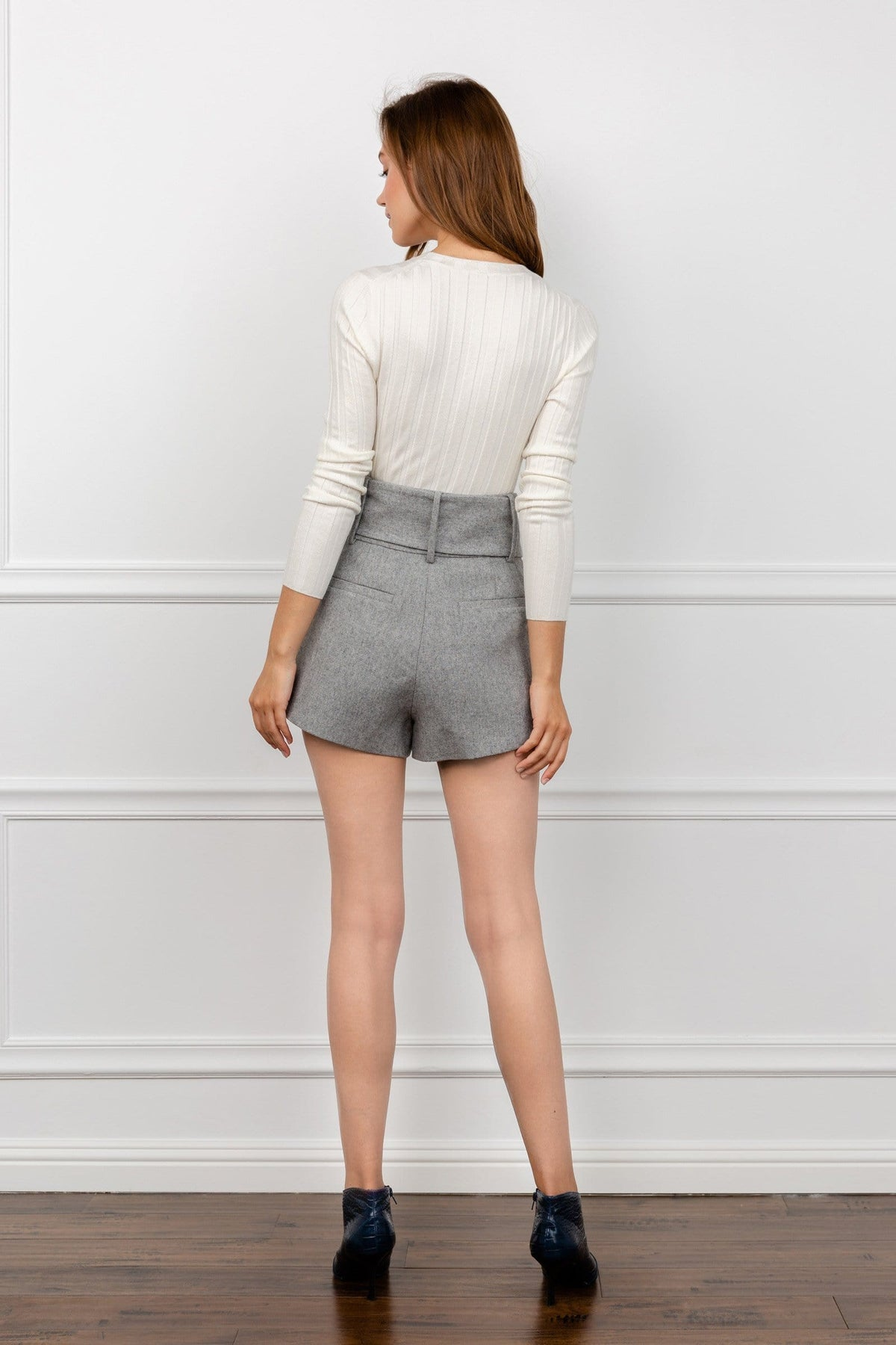 Suzy Grey Pleated Shorts