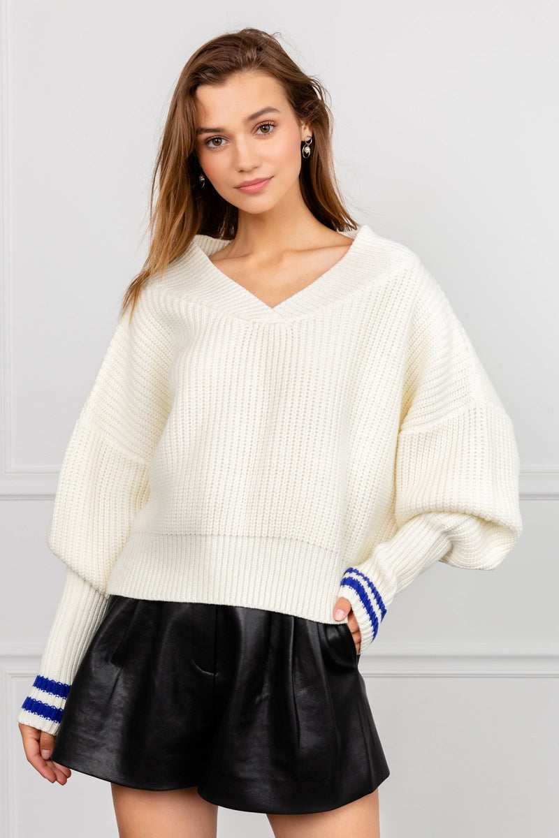 Plush white oversize knitted v-neck sweater by J.ING women's apparel