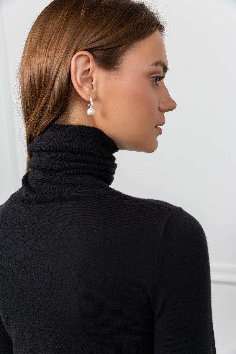 Denonia Black Turtleneck Top