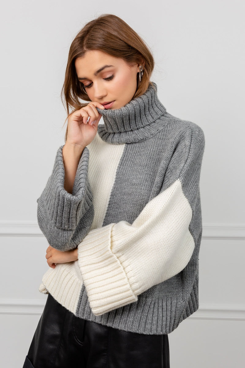 Grey & White Boxy Turtleneck Ribbed Sweater | J.ING Women's Knitwear