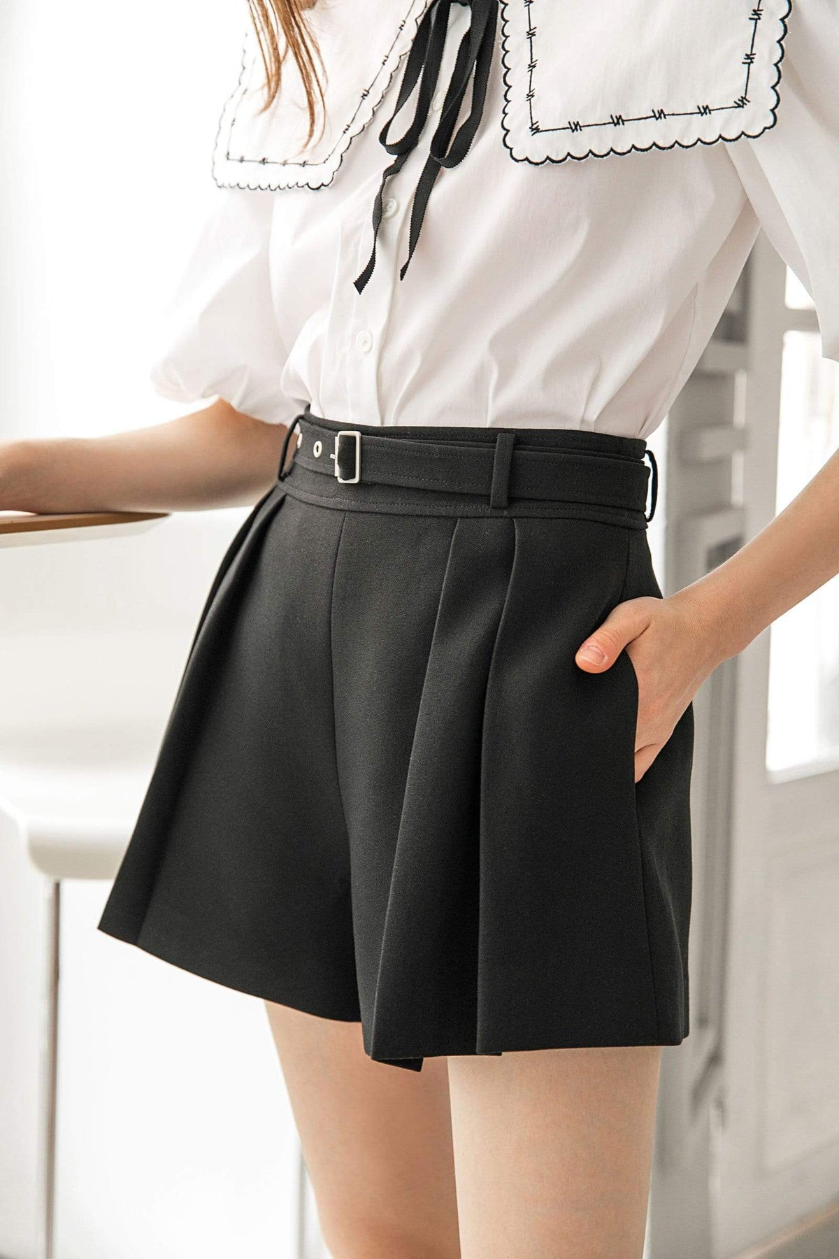 Harvey Black Pleated Shorts