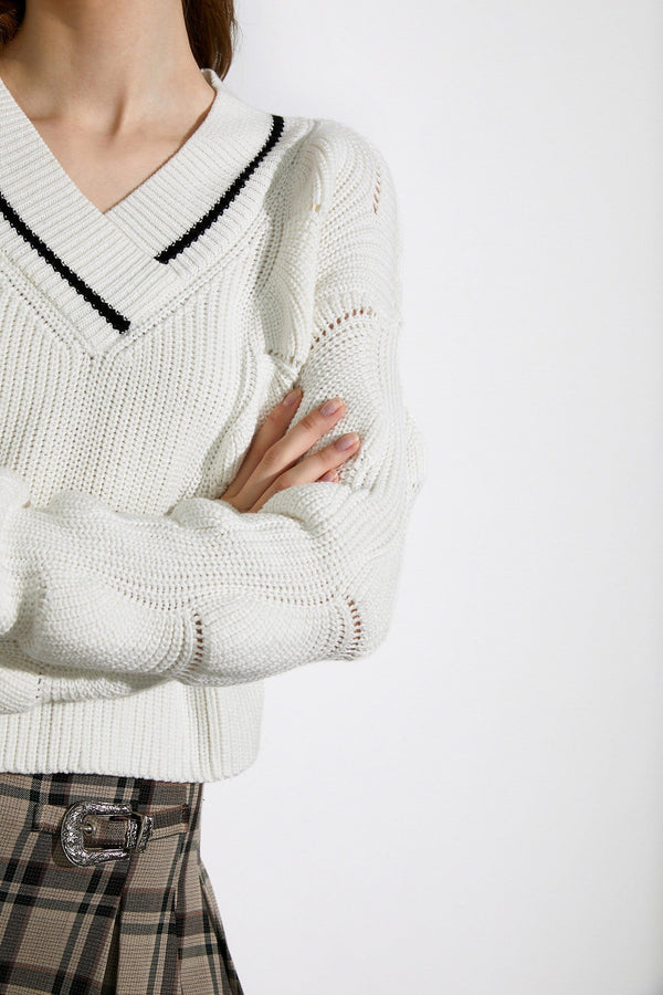 Val White V-Neck Sweater