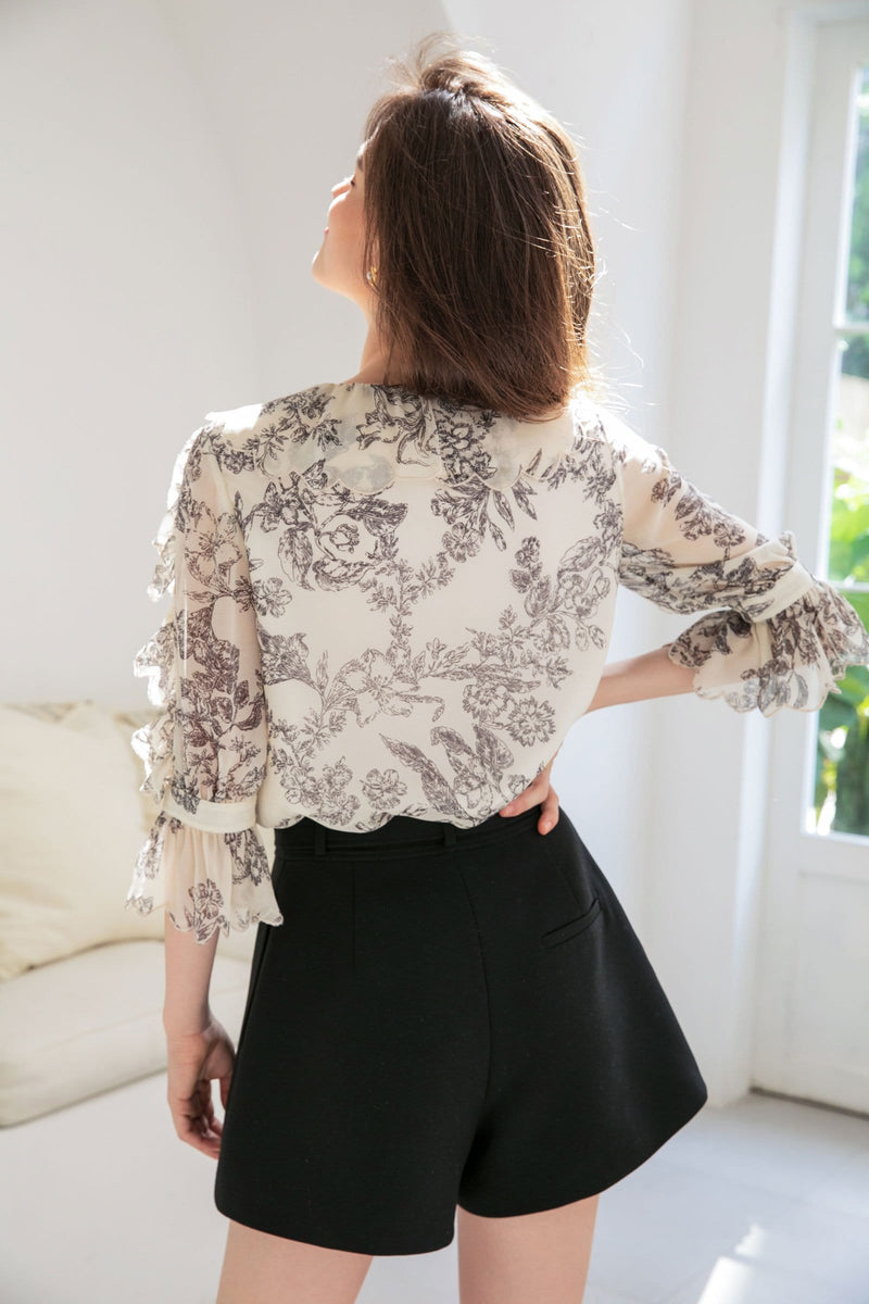 Damasque Vintage Floral Blouse