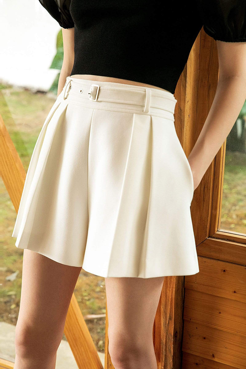 Harvey White Pleated Shorts
