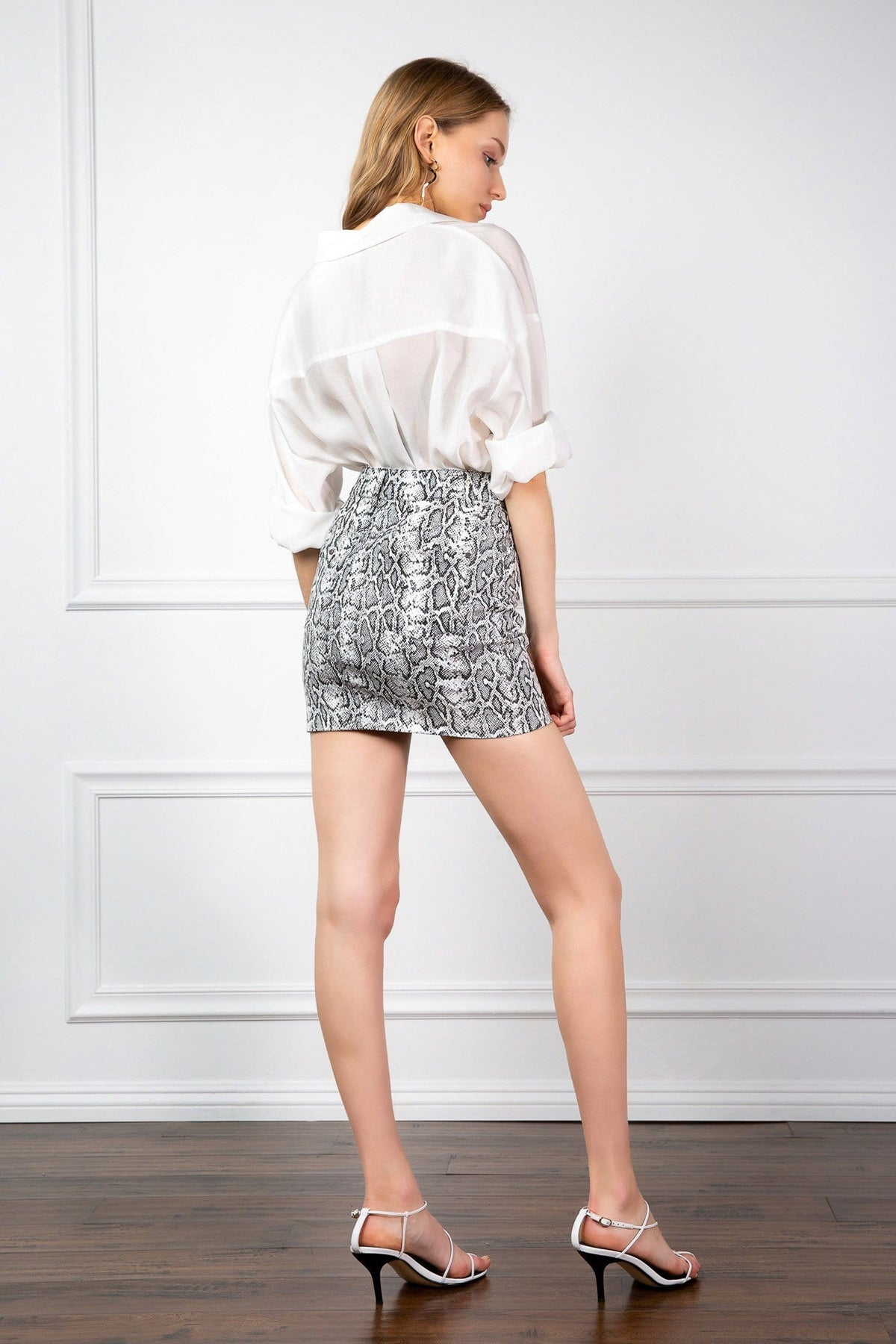 Backside of Mini Skirt with grey snake print for womens J.ING