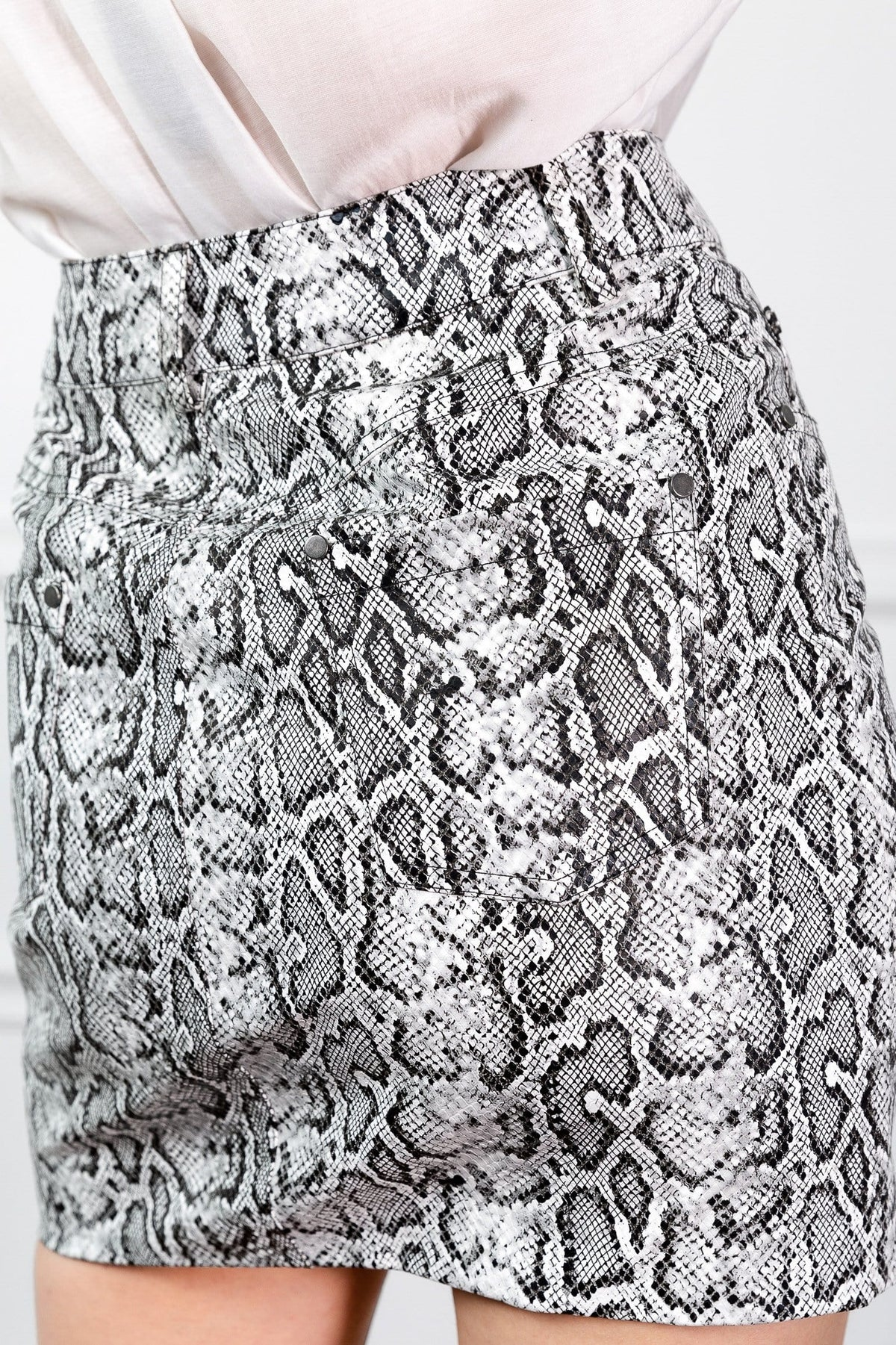 snake skin pattern short skirt by j.ing womens fashion