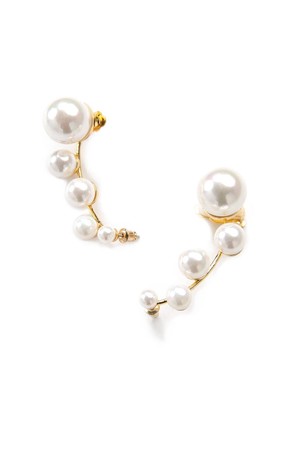 Earrings featuring descending pearls different sizes | J.ING women's accessories