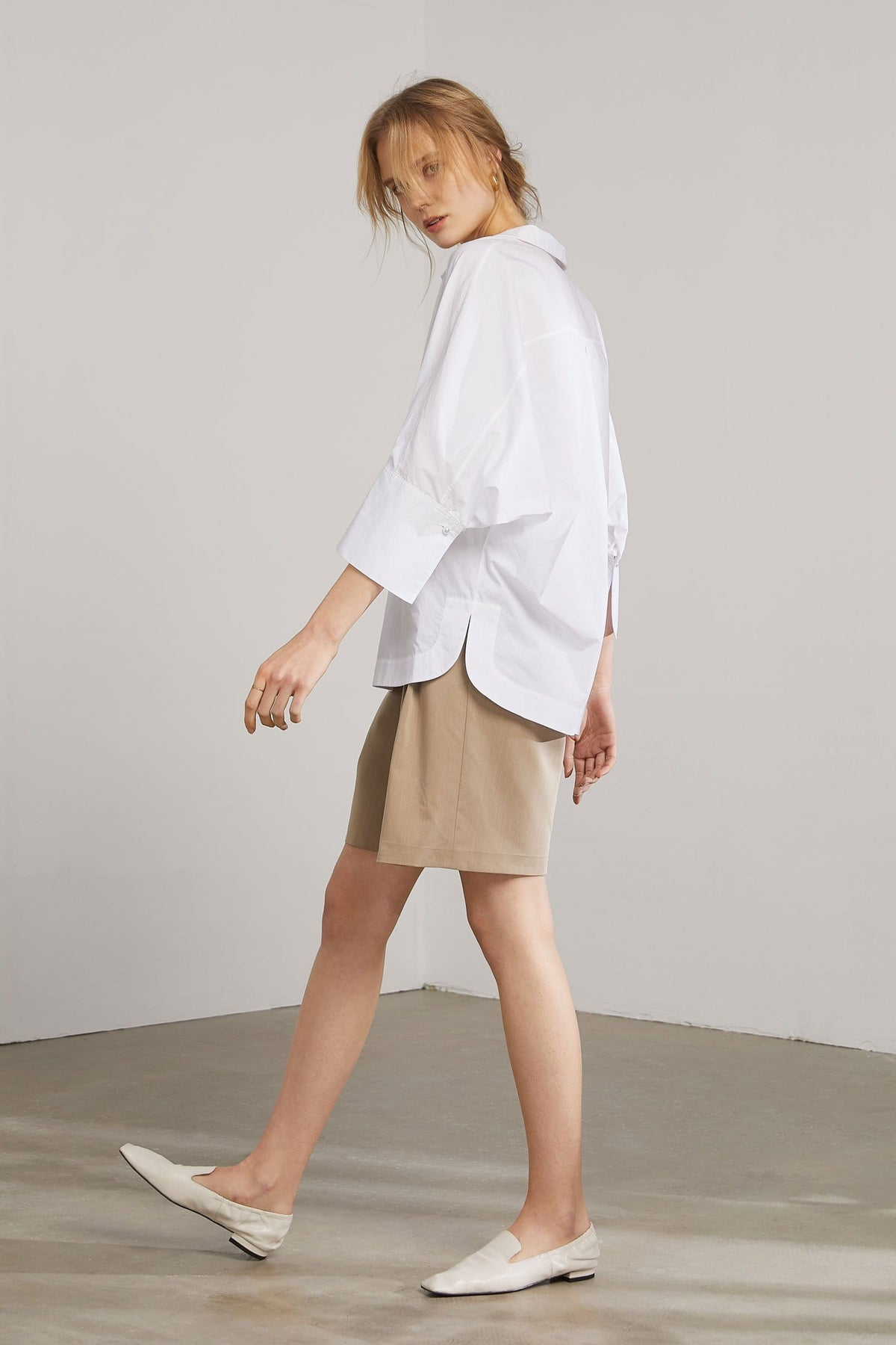 Tegan White Collared Blouse