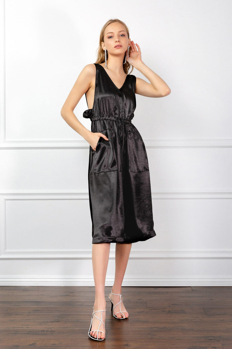 https://cdn.shopify.com/s/files/1/0015/5638/1732/files/Vivian_Dress-VD.mp4?66148