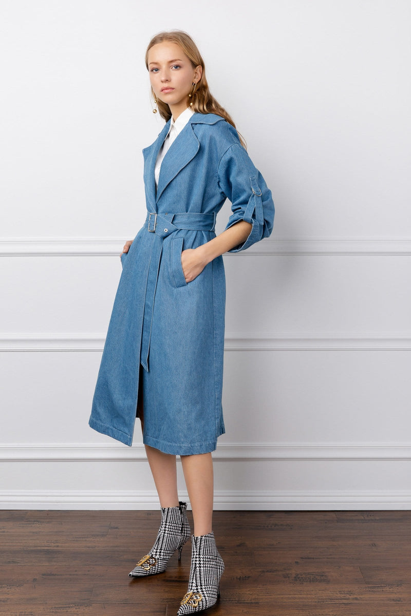 https://cdn.shopify.com/s/files/1/0015/5638/1732/files/Carolina_Coat-VD.mp4?17324285174857834204