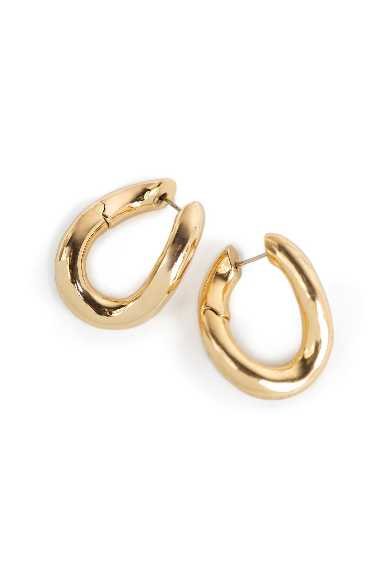 Twisted Hoop earring in gold | J.ING women's clothing
