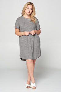 Tunic Dress with Back Buttons | Curvy