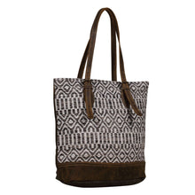 Load image into Gallery viewer, Myra Bag S-2023