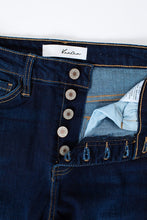 Load image into Gallery viewer, Olivia KanCan Jeans | Curvy
