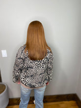 Load image into Gallery viewer, Leopard Bomber Jacket