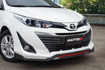 Toyota Yaris ATIV Style II Body kit 4 pcs Fiber - Model 2019-2021