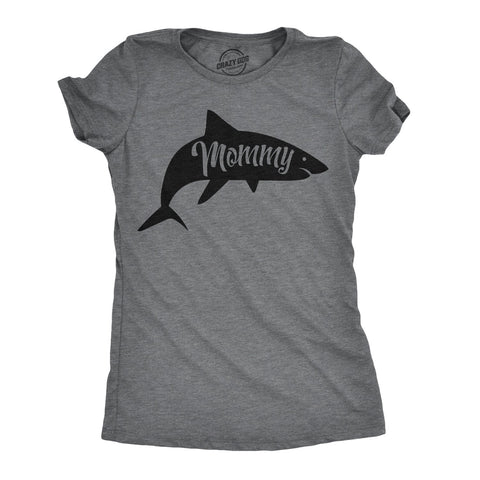 Mommy Shark Women's Tshirt
