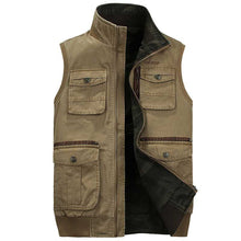 Load image into Gallery viewer, Men's Classic Camouflage Outdoors Vest Multi Pockets Zippers Sleeveless