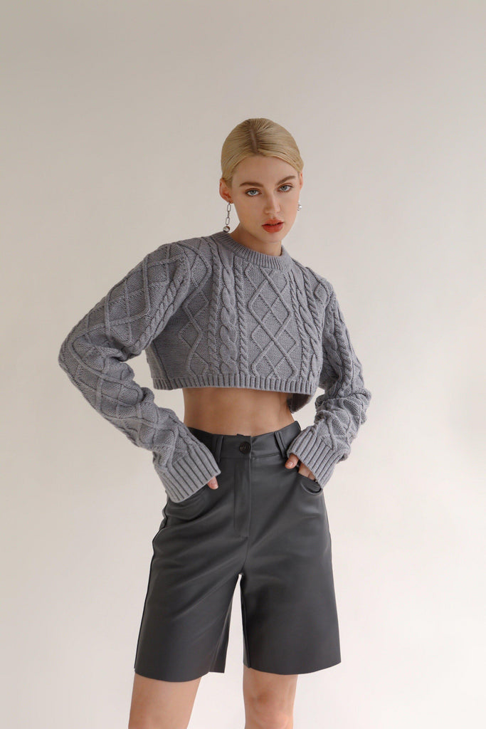 JUICY WOOL BLEND CABLE KNIT SWEATER - GREY