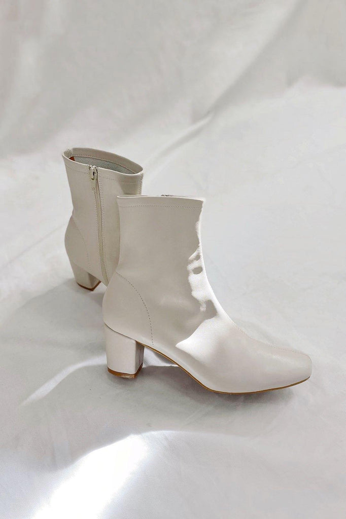 MOLLY LEATHER ANKLE BOOTS
