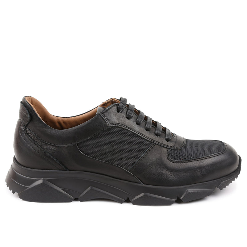 Lazise Lace-Up Sneaker - Black